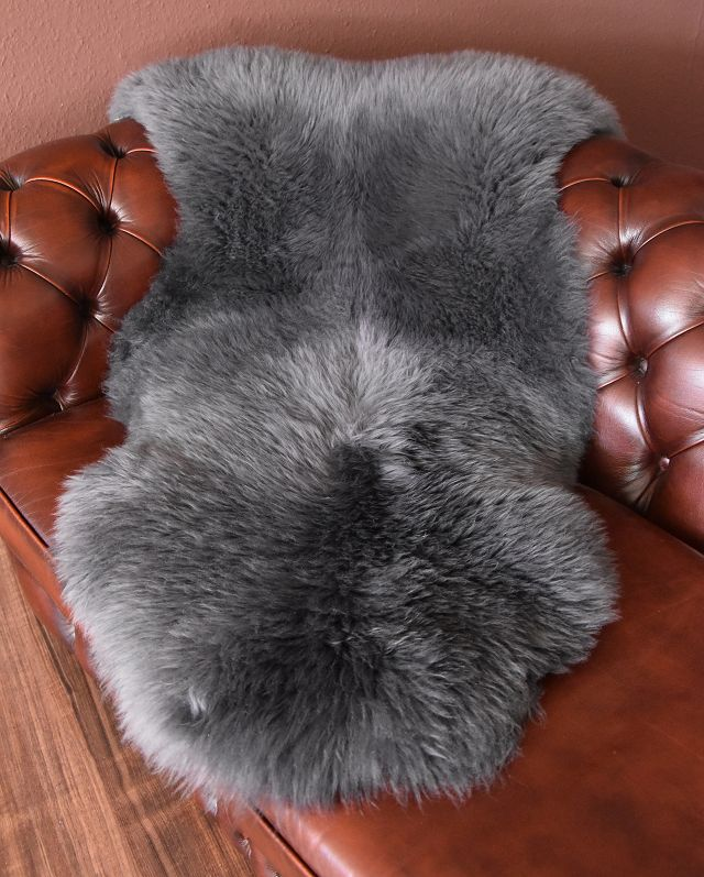 merino lammfell schaffell leder fell teppich lambskin. Black Bedroom Furniture Sets. Home Design Ideas